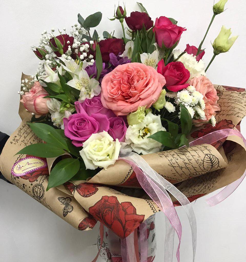 Букет «Ассорти» с пионовидными розами