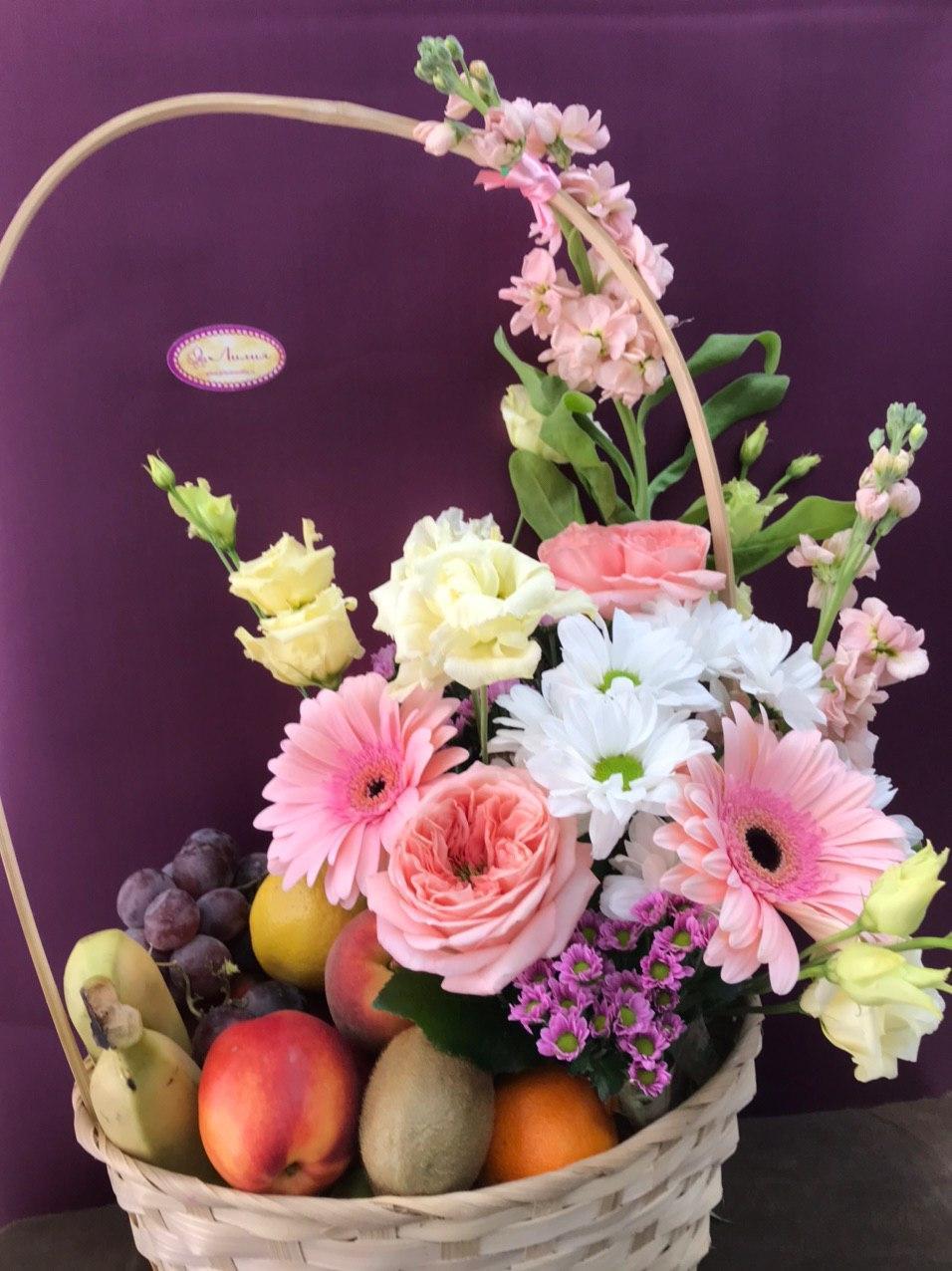 Корзина «Микс фруктово-цветочный»